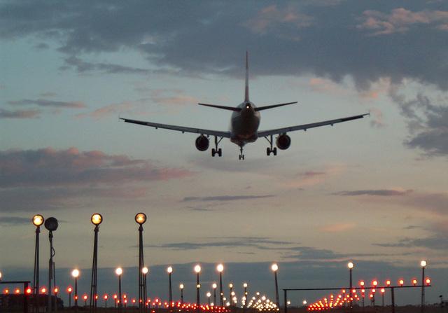 Ile trwa lot na Kretę?