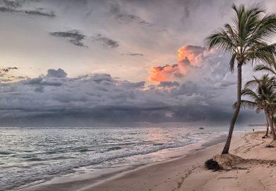 Ile trwa lot na Dominikanę?