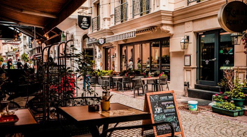 Turysta i kawa, czyli gdzie, podróżując, napijesz się najlepszej kawy?